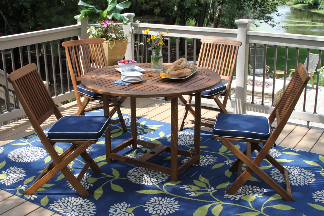 Surprising 5Pc Eucalyptus Round Fold Store Dining Set With Blue Cushions Machost Co Dining Chair Design Ideas Machostcouk